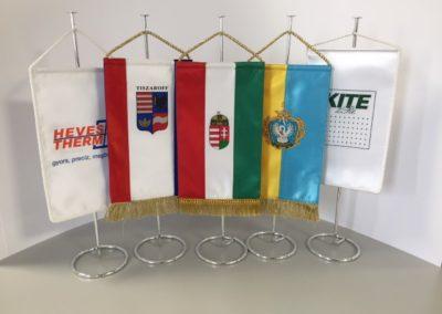 asztali zászlók